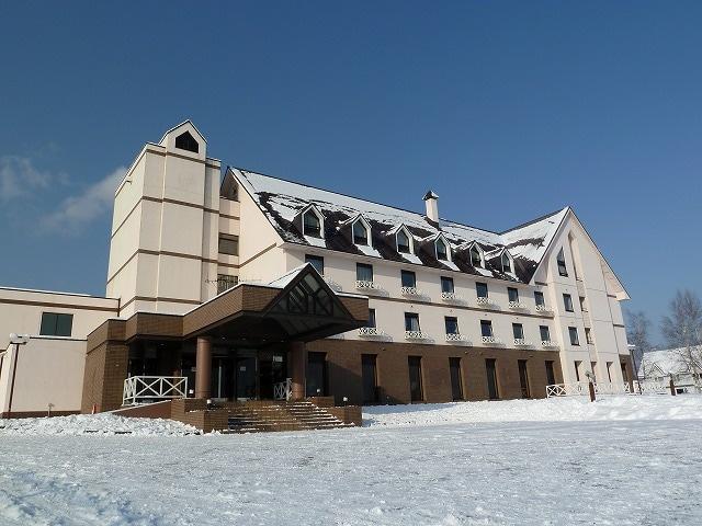 ホテルエーデルヴェルメ 外観(冬)