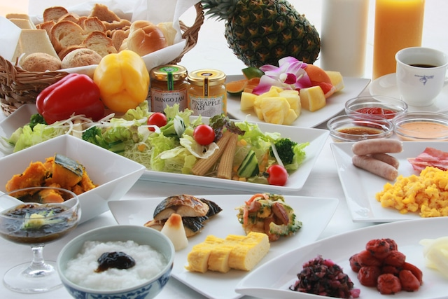 石垣シーサイドホテル 朝食一例