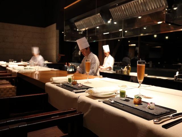 sankara hotel&spa屋久島 レストラン「okas」