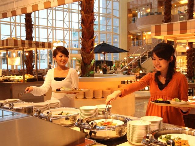 シャトレーゼ ガトーキングダム サッポロホテル&スパ 夕食イメージ