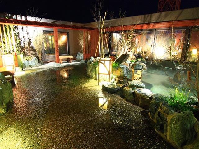 天然温泉 岩木桜の湯 ドーミーイン弘前 露天風呂