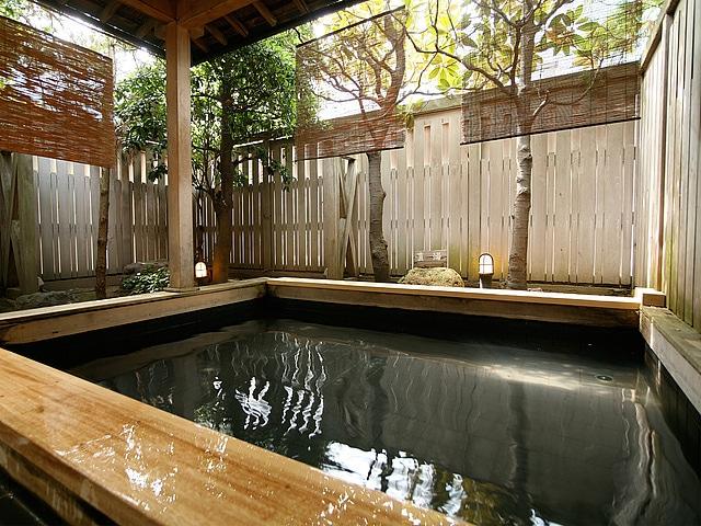 片山津温泉 ホテル北陸古賀乃井 露天風呂