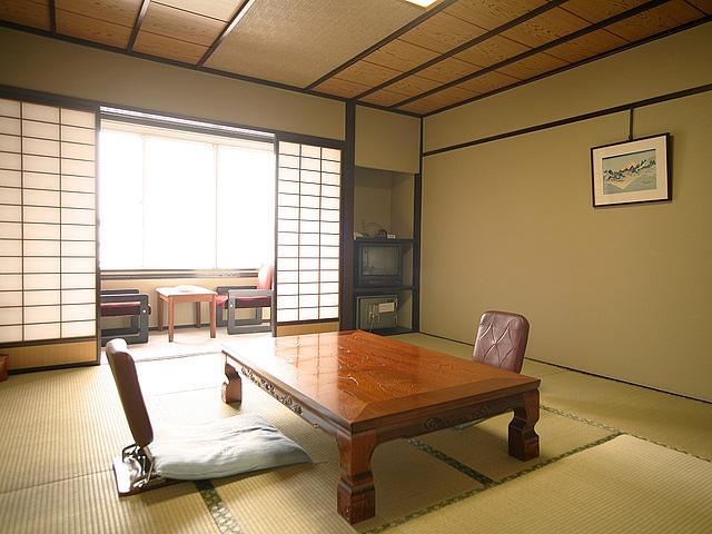 片山津温泉 ホテル北陸古賀乃井 和室 10畳