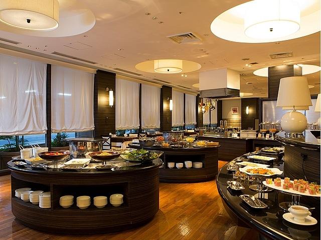 ホテルJALシティ那覇 夕食ブッフェ