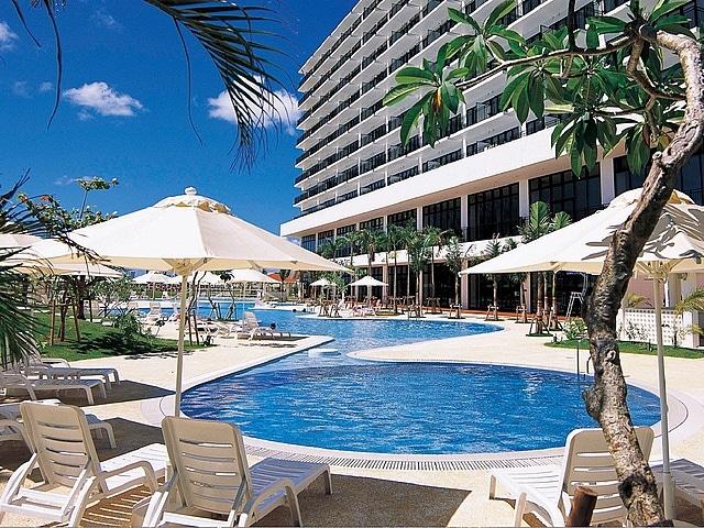 サザンビーチホテル&リゾート沖縄 室外プール