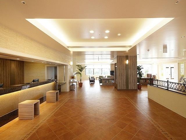 ベッセルホテルカンパーナ沖縄 ロビー&フロント