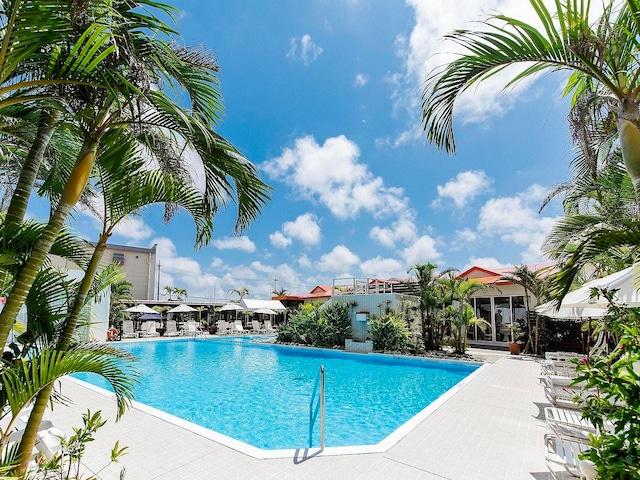 ホテルグランビューガーデン沖縄 プール