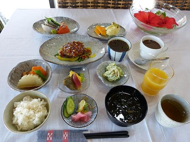 ホテルピースアイランド竹富島 夕食イメージ