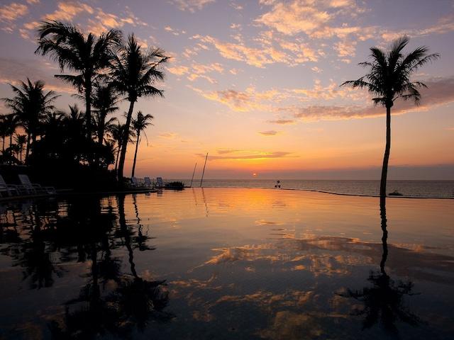 ホテルムーンビーチ サンセットが美しい