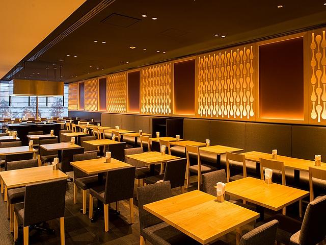 広島ワシントンホテル レストランフロア-