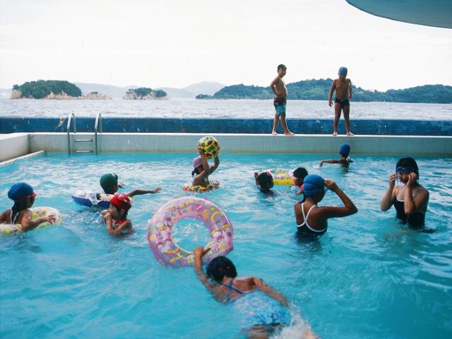 オリーブ温泉 小豆島グランドホテル水明 プール