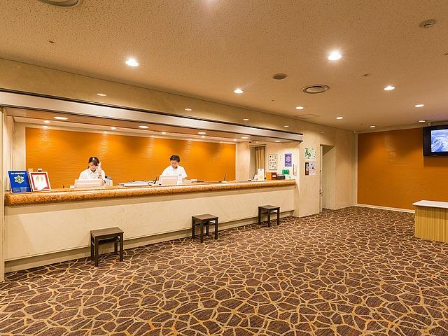松山東急REIホテル ロビー