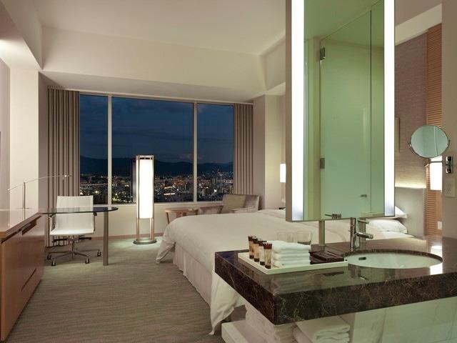 シェラトングランドホテル広島 デラックスキング 35㎡