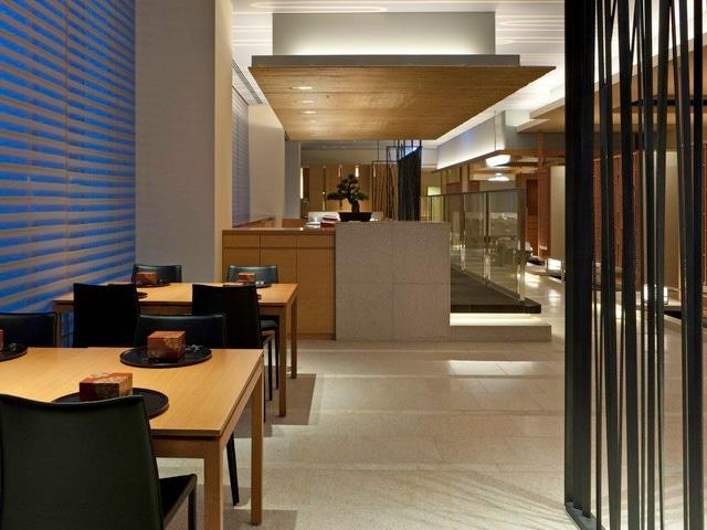シェラトングランドホテル広島 日本食「雅庭」内観