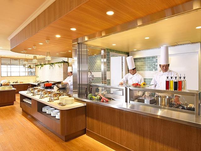 東京ベイ舞浜ホテル ファーストリゾート レストラン「カリフォルニア」ライブキッチン