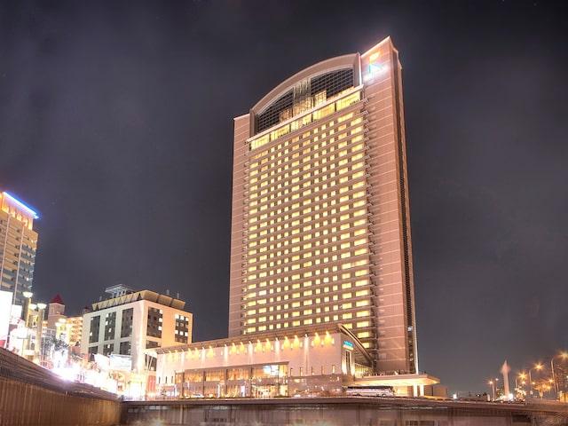 Hotel Keihan universal - tower image