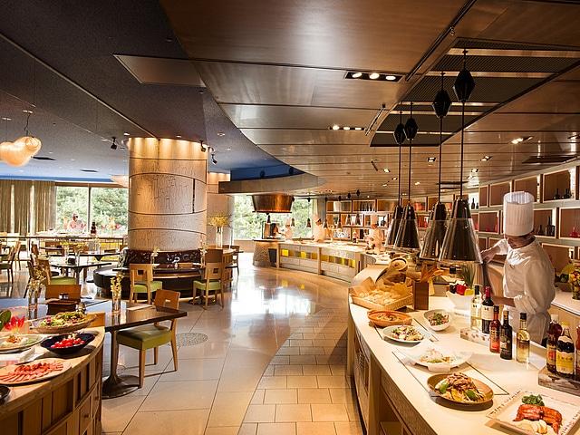 【舞浜】ヒルトン東京ベイ レストラン フォレストガーデン (アジア料理)