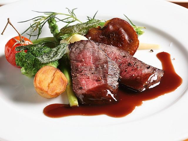 レゾネイトクラブくじゅう レストラン「メテオ」 料理イメージ
