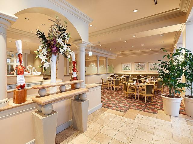 ホテルオークラ東京ベイ レストラン フォンタナ