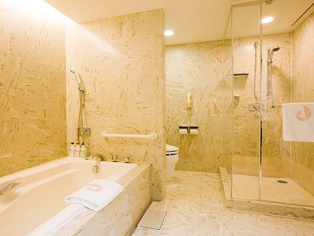 ホテルオークラ東京ベイ スーペリアバスルーム
