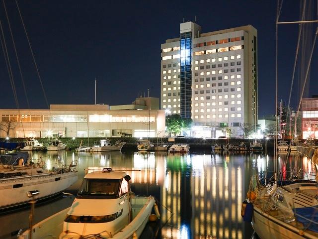 徳島グランヴィリオホテル 外観夜景