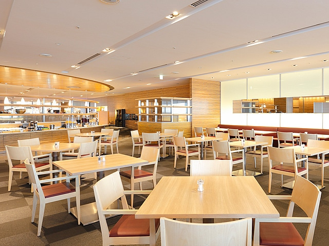 【羽田】羽田エクセルホテル東急 レストラン カフェ&ダイニング「フライヤーズテーブル」