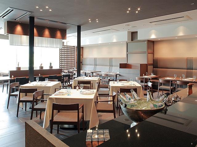 博多エクセルホテル東急 チャコールグリル「ケヤキ」