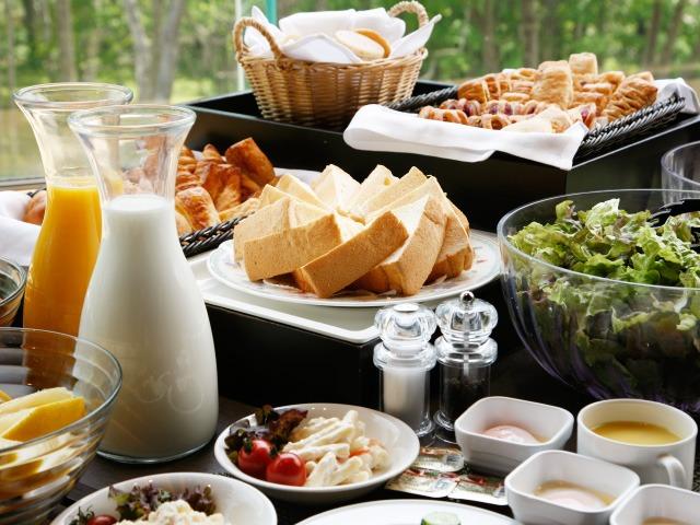 ホテル甘露の森 朝食 和洋バイキング