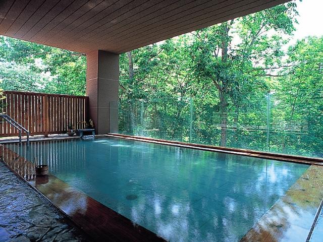 ホテル甘露の森 露天風呂