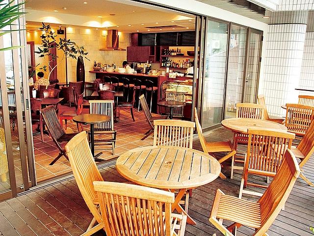 琉球サンロイヤルホテル マゼランカフェ