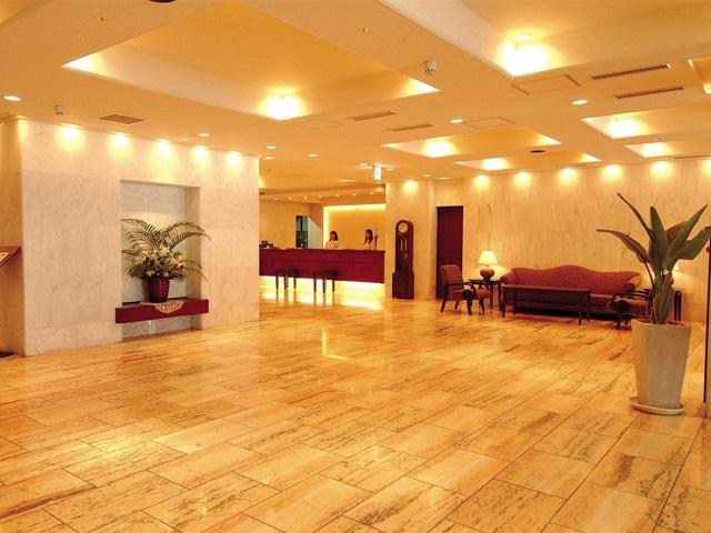 琉球サンロイヤルホテル ロビー