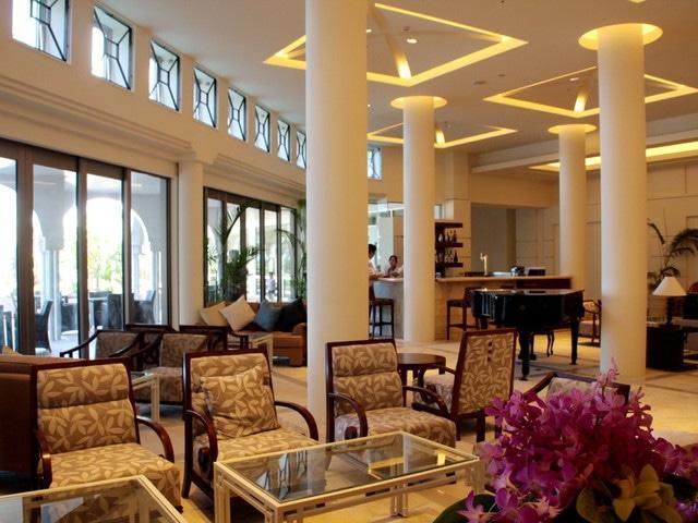 ホテルマハイナウエルネスリゾートオキナワ ロビー