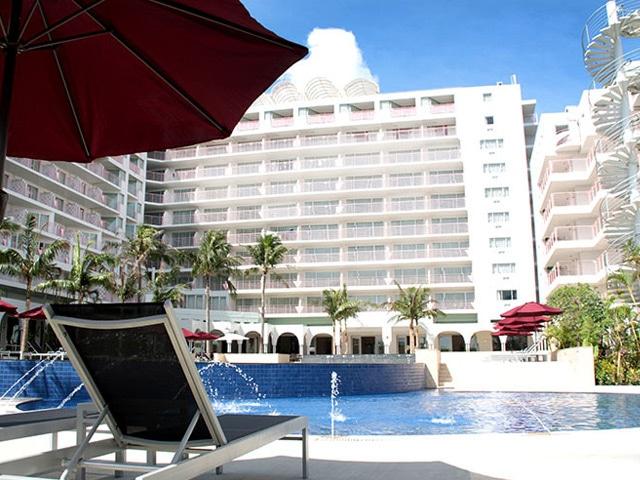 ホテルマハイナウエルネスリゾートオキナワ ガーデンプール