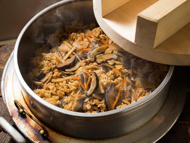 湯元ホロホロ山荘 伊達産野菜をふんだんに使った料理