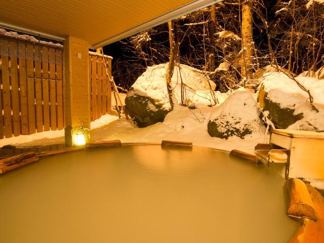 層雲峡温泉朝陽リゾートホテル 大自然の湯「鳥の声」