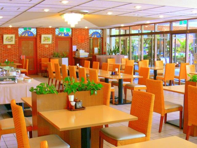 リゾートホテル久米アイランド レストラン「アカバナ」