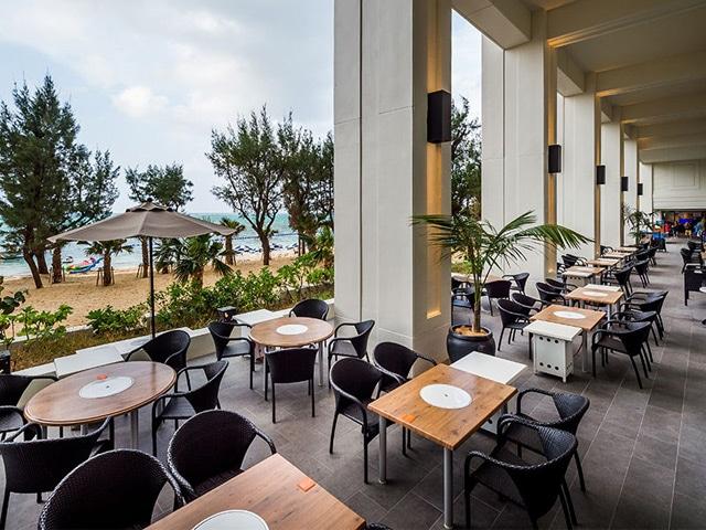 ホテルモントレ沖縄 スパ&リゾート カフェ