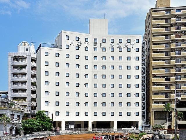 ホテルアザット那覇 新館リバーウイング 昼の外観