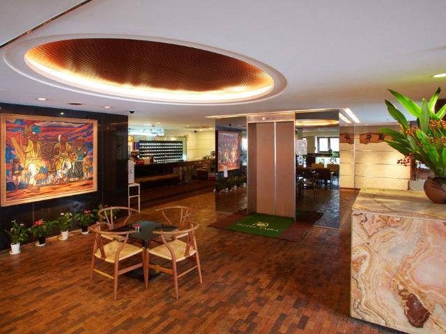 ホテル タイラ ロビー