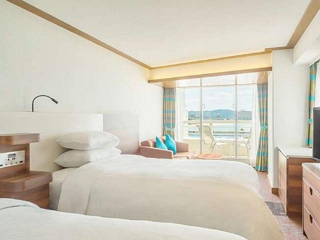 シェラトン沖縄サンマリーナリゾート 客室一例