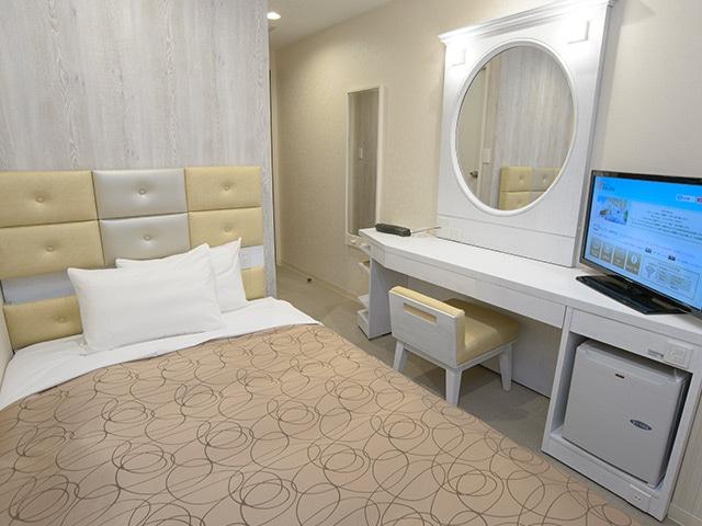 ホテルリリーフ札幌すすきの セミダブルルーム