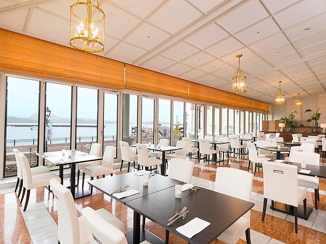 ウォーターマークホテル長崎・ハウステンボス レストラン『エクセルシオール』