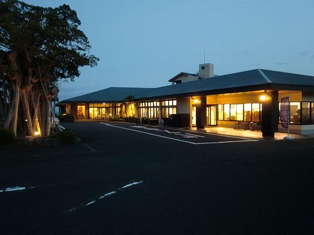 屋久島グリーンホテル 外観(夜)