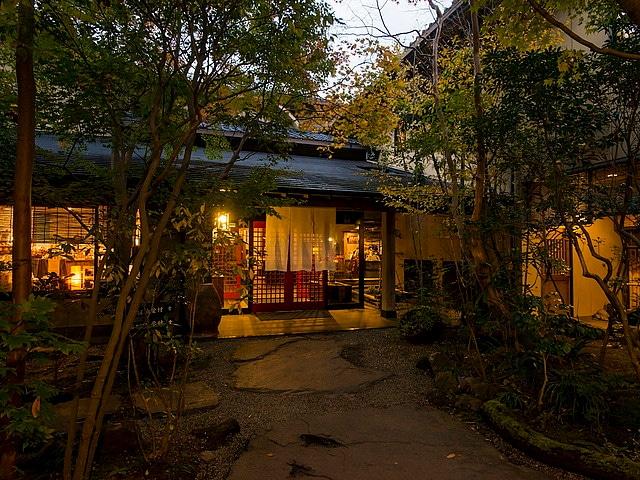 黒川温泉 黒川荘 外観(夜)
