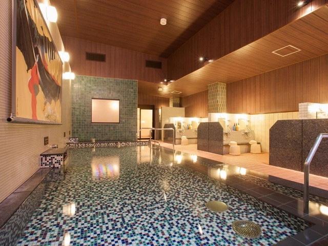種子島あらきホテル 浴室内 女性