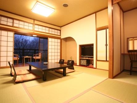 黒川温泉 夢龍胆 特別室 12畳+洋間