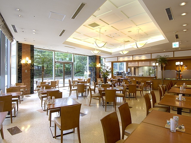 第一ホテル両国 カフェ&ダイニング「アゼリア」