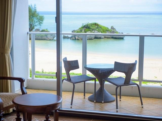 ベストウェスタン沖縄恩納ビーチ 客室テラス