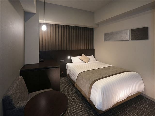 広島ワシントンホテル セミダブルルーム 18㎡