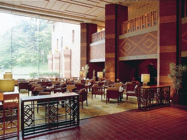 森のスパリゾート 北海道ホテル ラウンジ